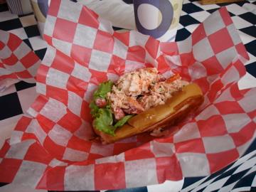 EYC Lobster Roll
