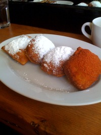 Brendas_french_soul_food_beignets_3